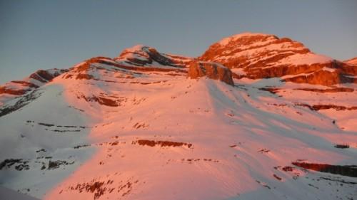 Monte Perdido, Pico Añisclo and Torre de Goriz in the last glow of the sun