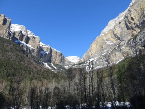 Snowshoeing in Ordesa