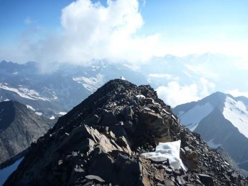 Hike Pyrenees Pico Posets -003
