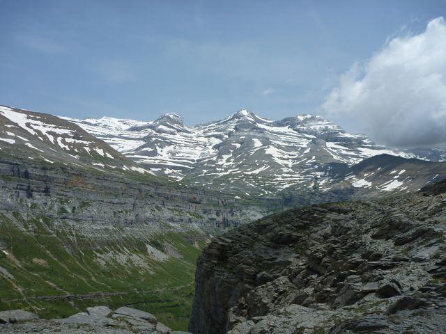 Hike Pyrenees Refugio Week -001
