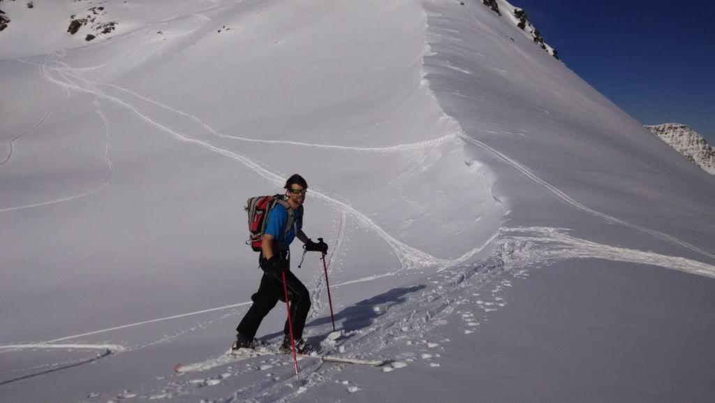Nick reaching Col des Moines (2168m).
