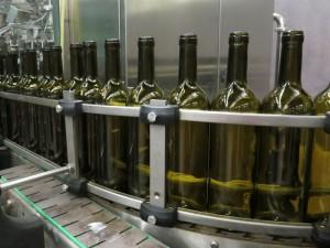 bottling plant at sommos vinos