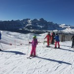 Pyrenees-family-skiing-39