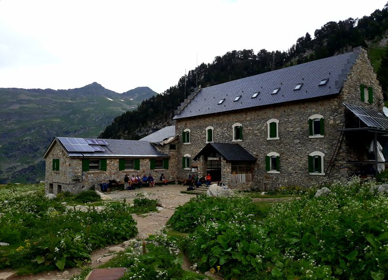Refugio Renclusa 2140m