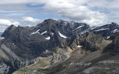 Cirque de Gavarnie and Pic de Gabiet (2716m)