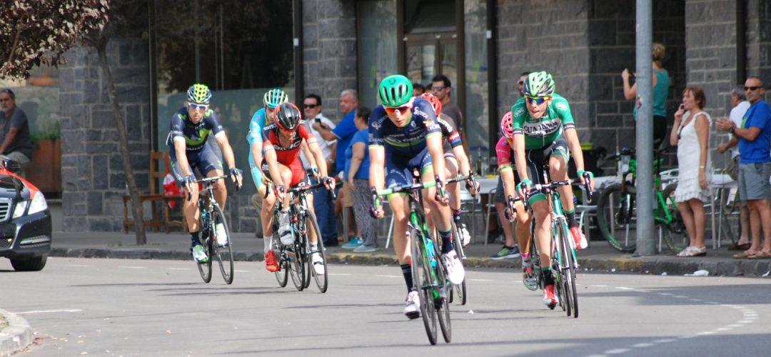La Vuelta visits Biescas