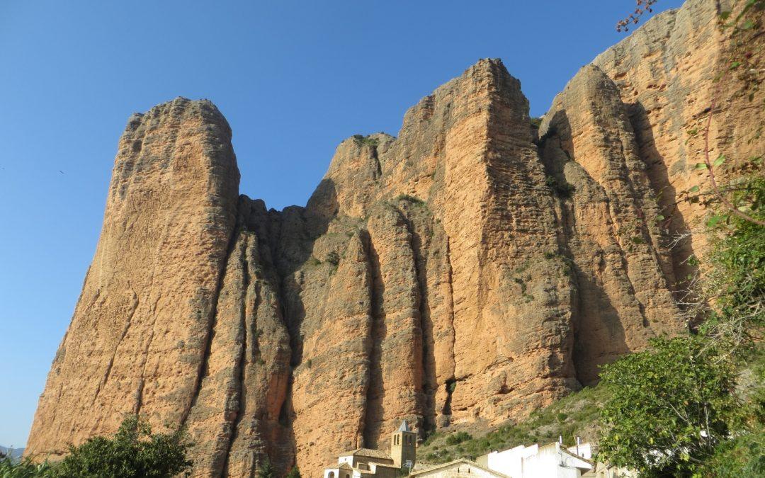 Climbing Mallo Frechin in Riglos