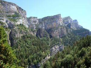 Walking Anisclo Canyon