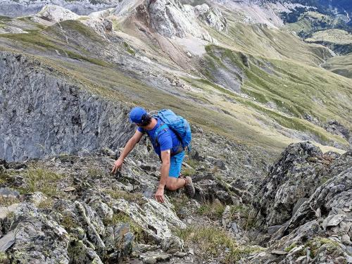 Scrambling up the ridge of Pic de Gabiet