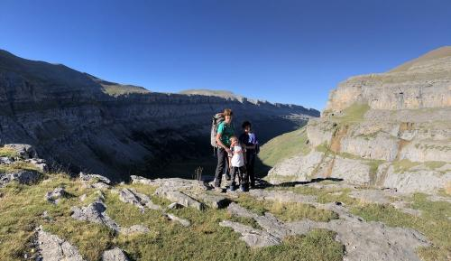 the family above Ordesa