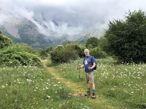 Hiking into the Valle de La Ripera