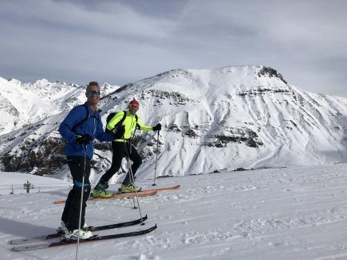 Ski-touring-pyrenees-08