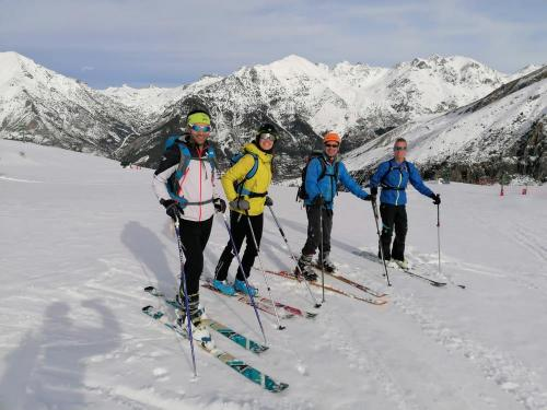 Ski touring from Panticosa