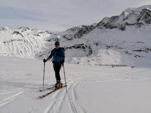 Ski-touring-pyrenees-17