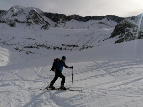 Ski-touring-pyrenees-18