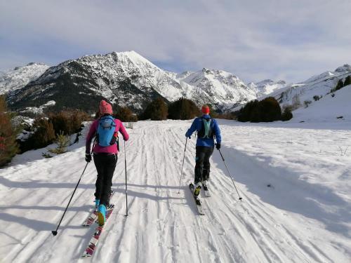 Ski-touring-pyrenees-31