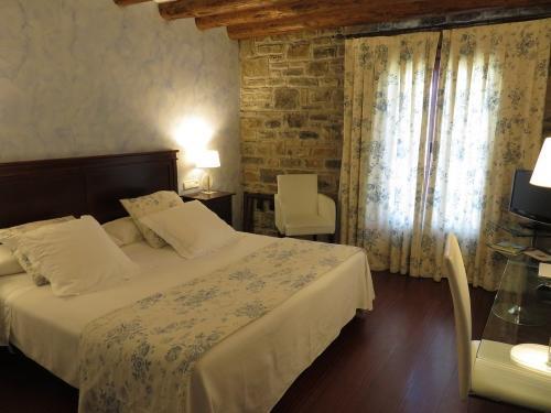 Bedroom - Hotel Los Arcos
