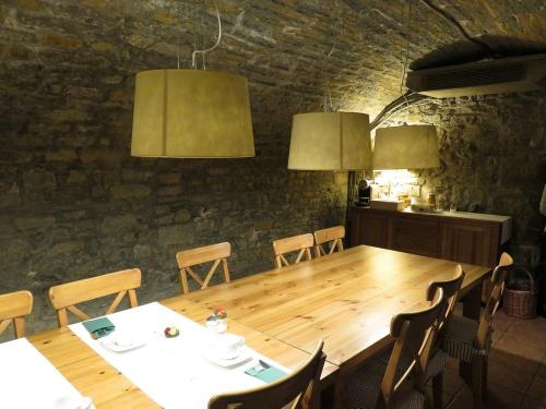 The medieval bodega where you breakfast in Hotel Los Arcos