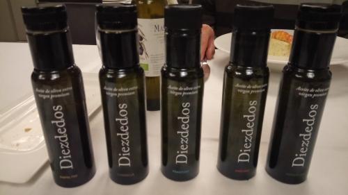 Diezdedos olive oil