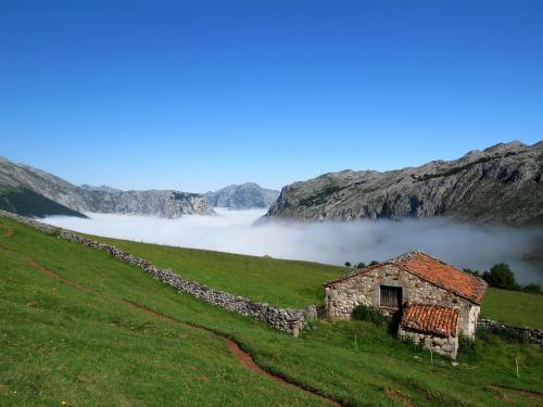 Sea of clouds in the Picos de Europa