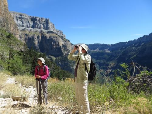 Walking-Ordesa-National-Park-34-min