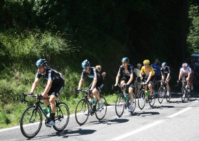 Team Sky heading up the Col d'Aubisque